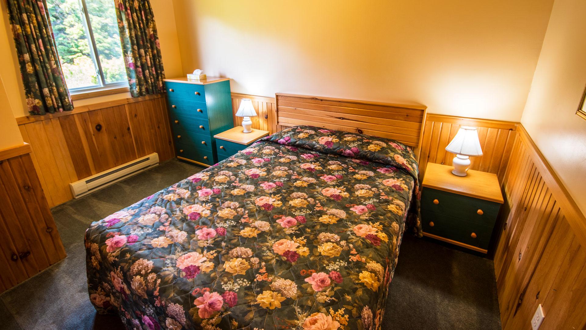 3 Bedroom-Queen Bed #2