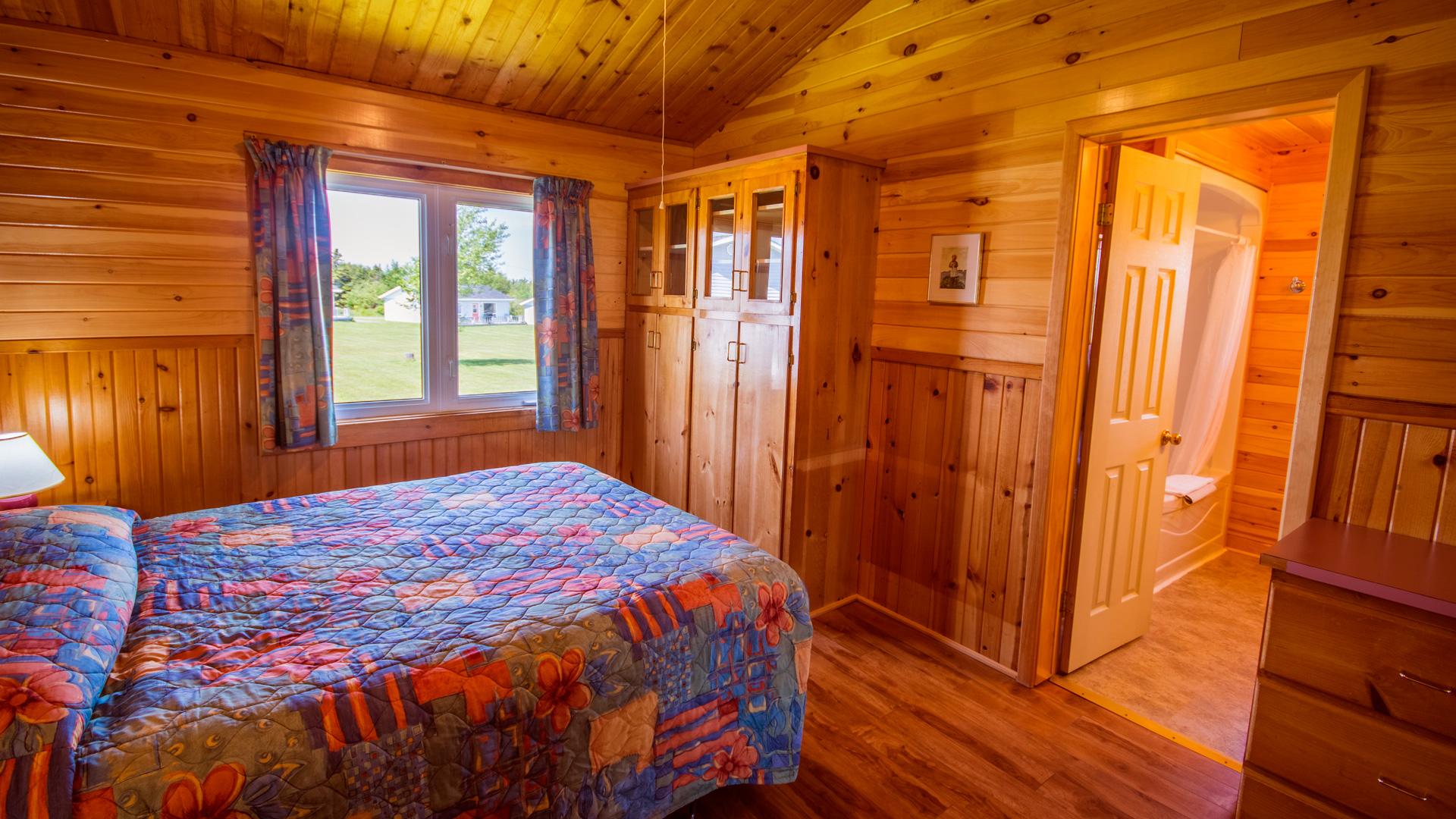 4 Bedroom-Queen Bed #2