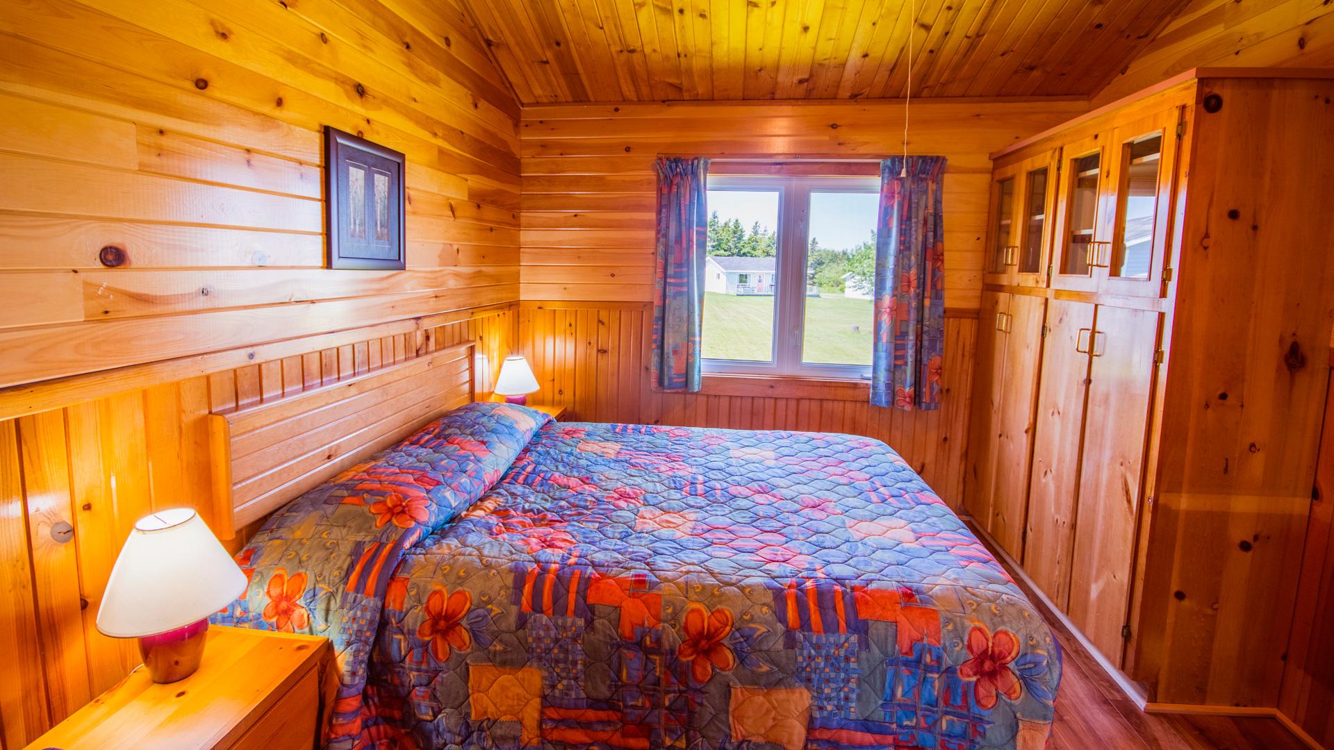 4 Bedroom-Queen Bed #3