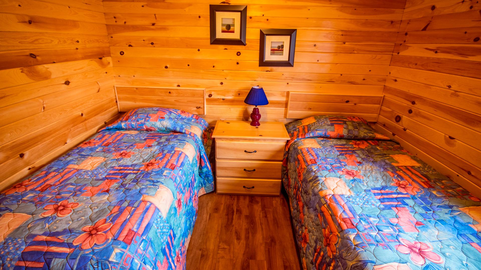 4 Bedroom-Single Beds